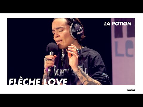 "Flèche Love, sorcière berbère 2.0 : ""Acherontia Atropos""   La Potion"