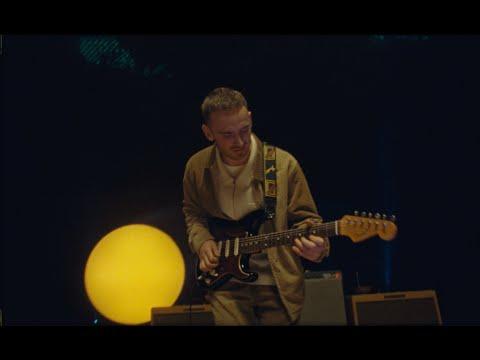 Tom Misch & Yussef Dayes - Kyiv (feat. Rocco Palladino) - [Live]